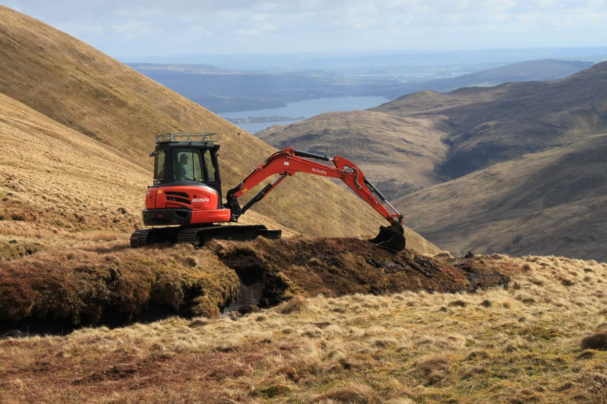 Reprofiling on Beinn Dubh © Loch Lomond and the Trossachs National Park
